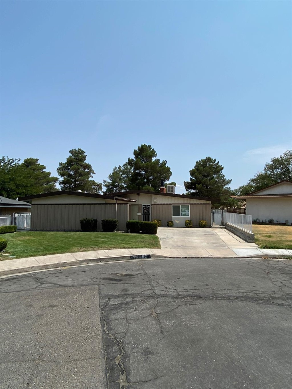 16093 Lakewood Place Property Photo 1