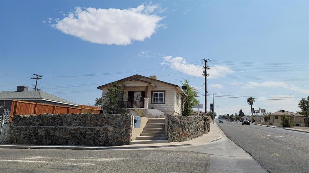 500 E Williams Street Property Photo 1