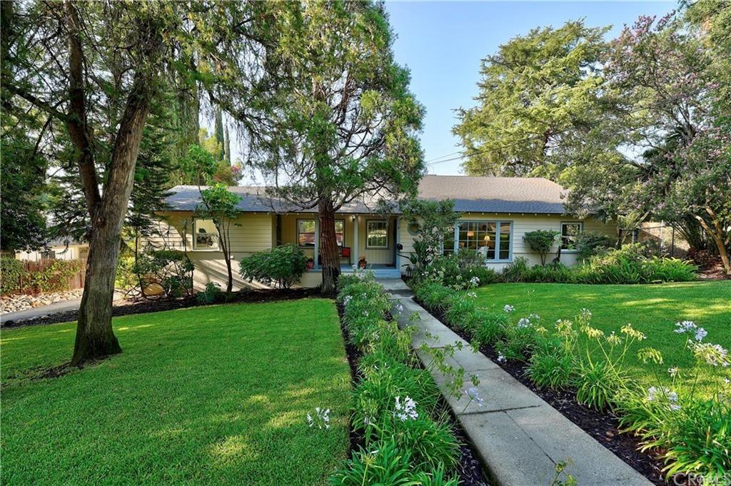 170 E Alegria Avenue Property Photo