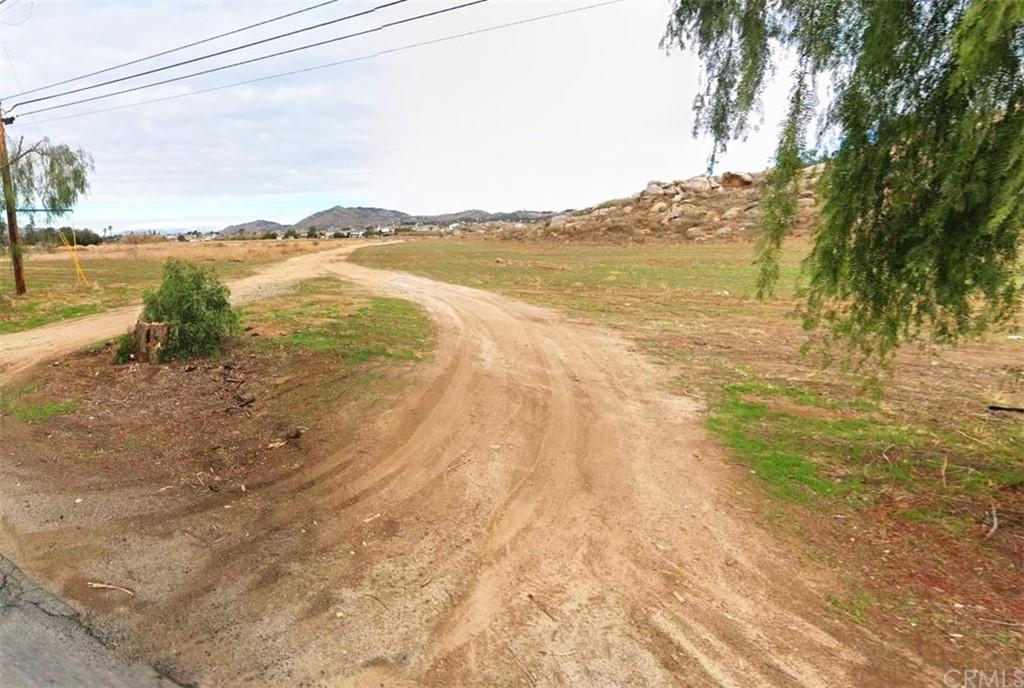 0 Cottonwood Avenue Property Photo