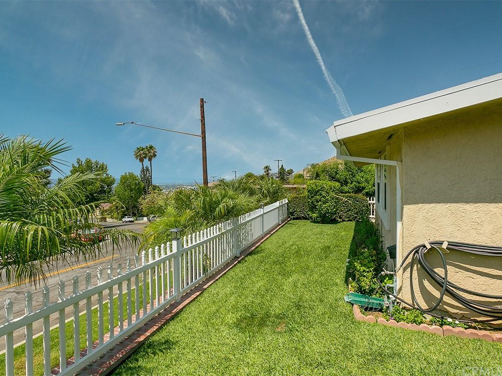 1018 N Sunset Canyon Drive Property Photo