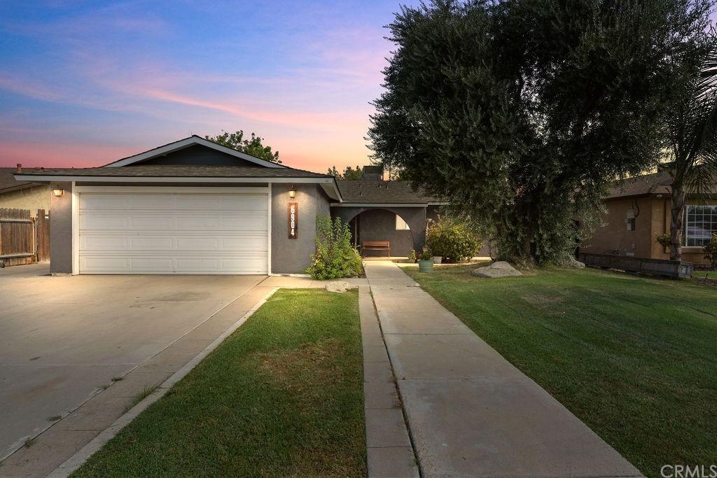 6904 Cedarcrest Avenue Property Photo