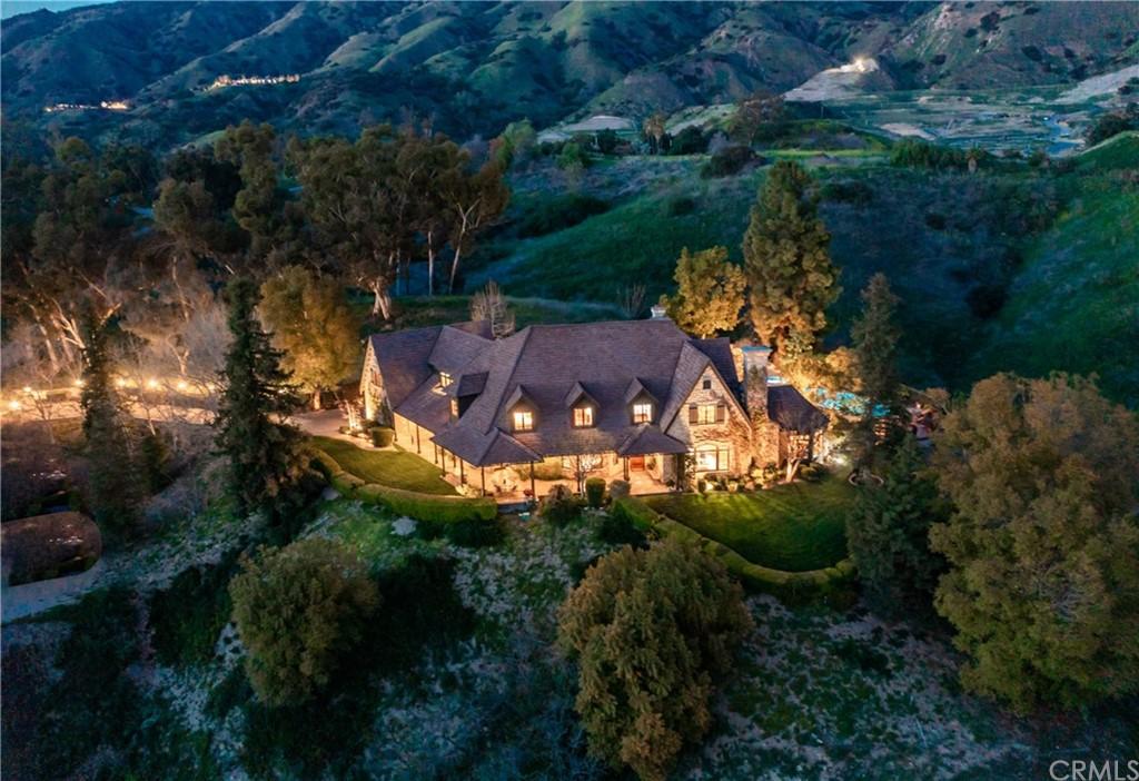2615 E Wildwood Ranch Road Property Photo