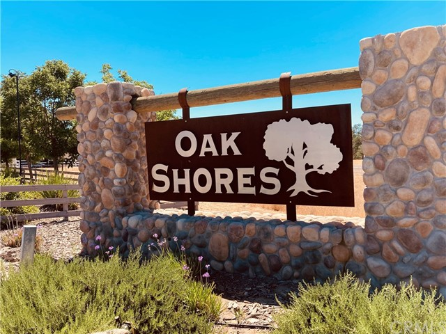 2770 Oak Shores Drive Property Photo