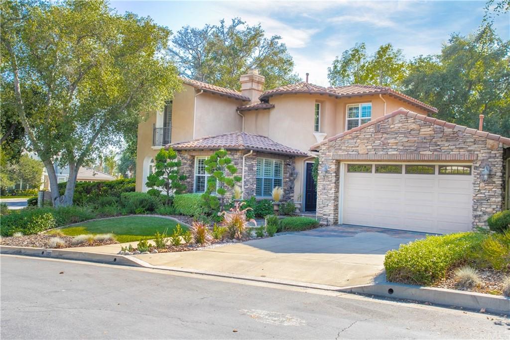 135 S Oakhart Drive Property Photo
