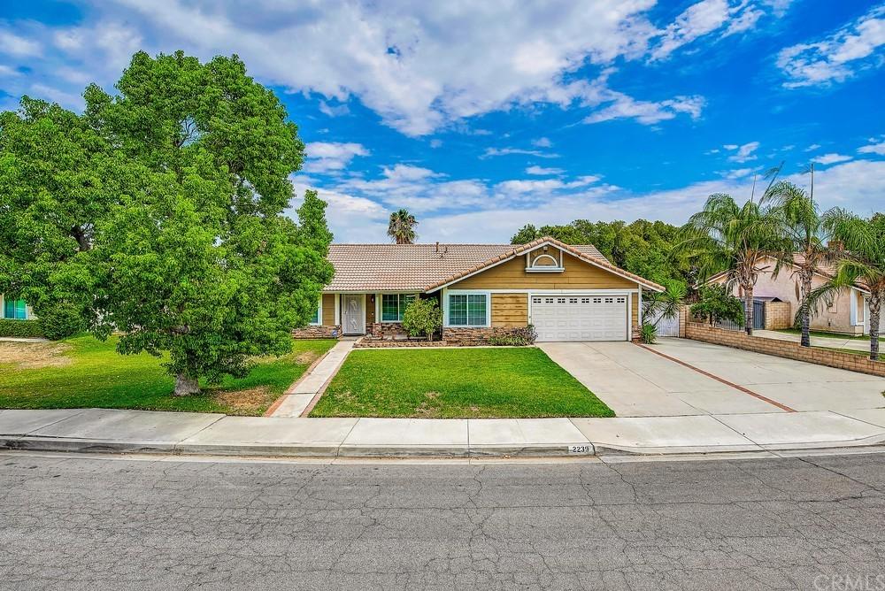 2239 N Yucca Avenue Property Photo