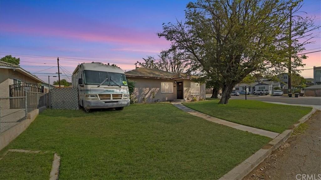 801 W B Street Property Photo