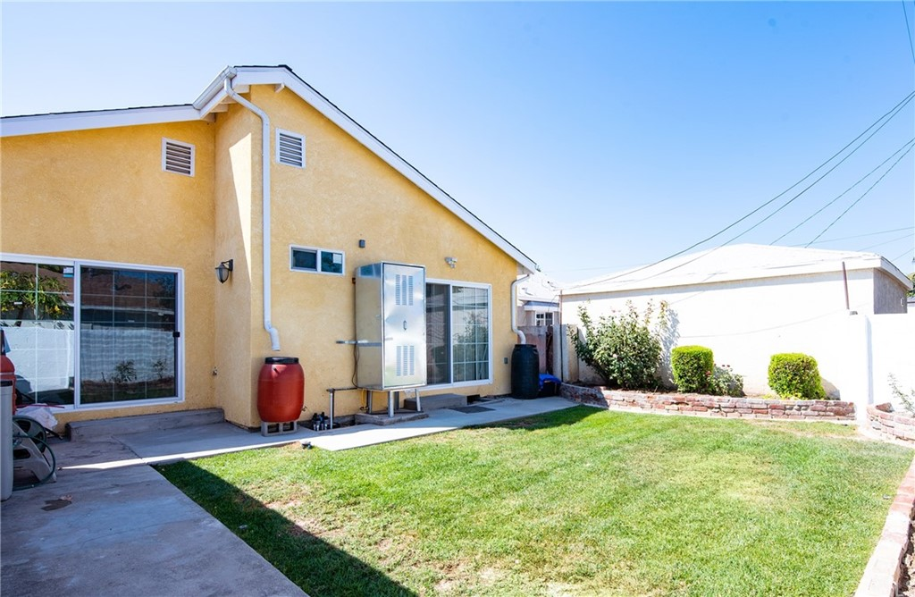 15316 Flallon Avenue Property Photo 14