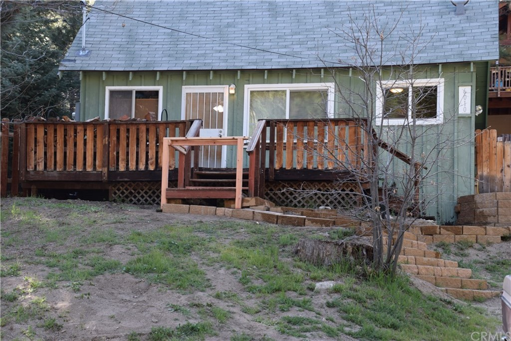 6010 Lake Drive Property Photo