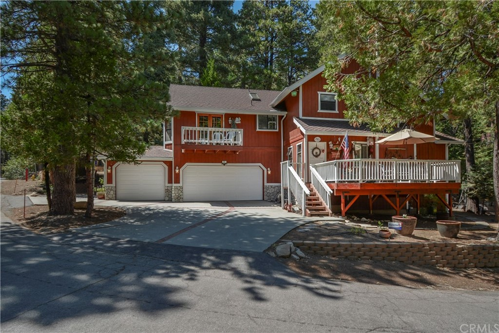 301 Cedarbrook Drive Property Photo