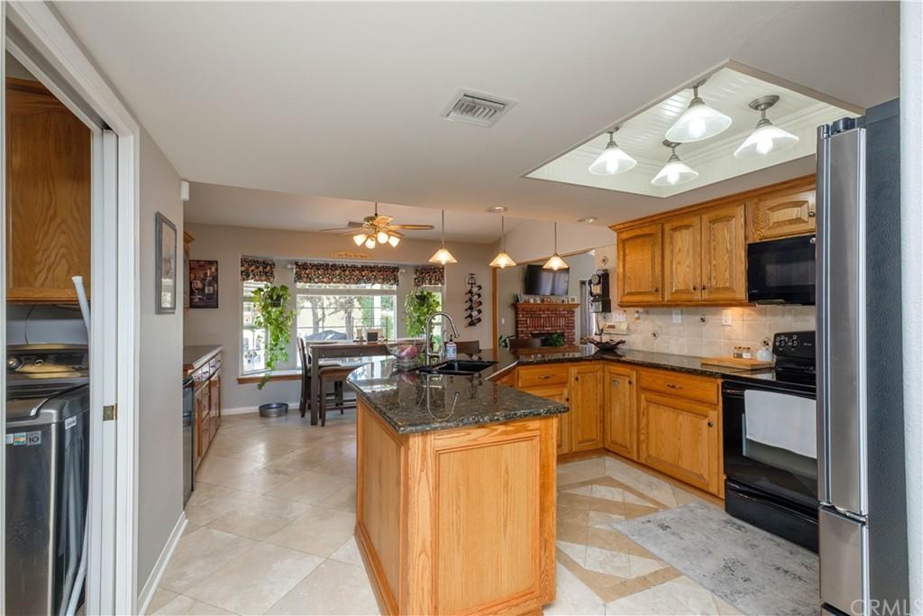 14131 Montecito Drive Property Photo 9