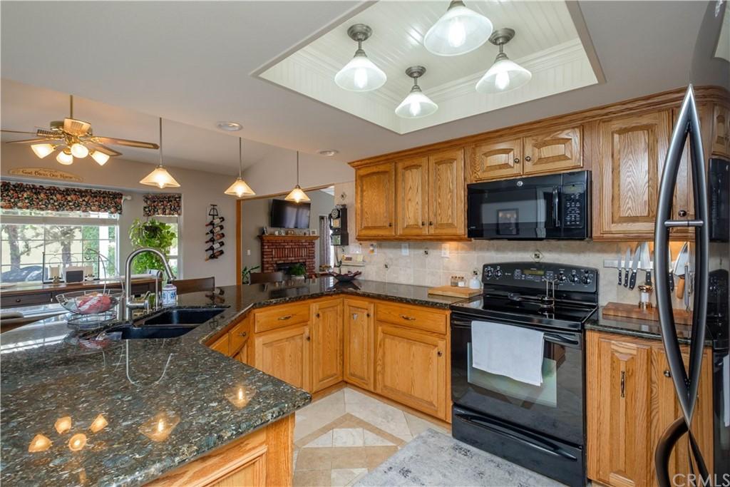 14131 Montecito Drive Property Photo 11