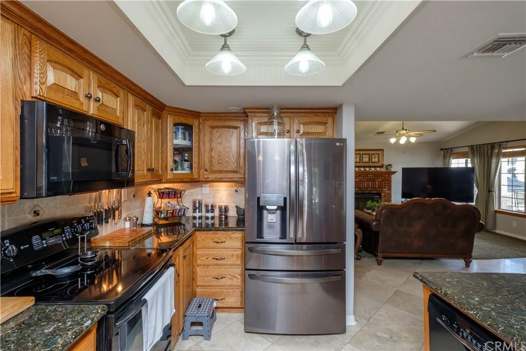 14131 Montecito Drive Property Photo 14