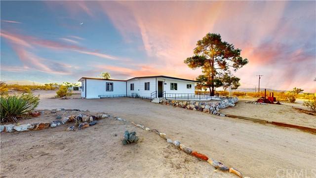 1300 N Los Coyotes Way Property Photo