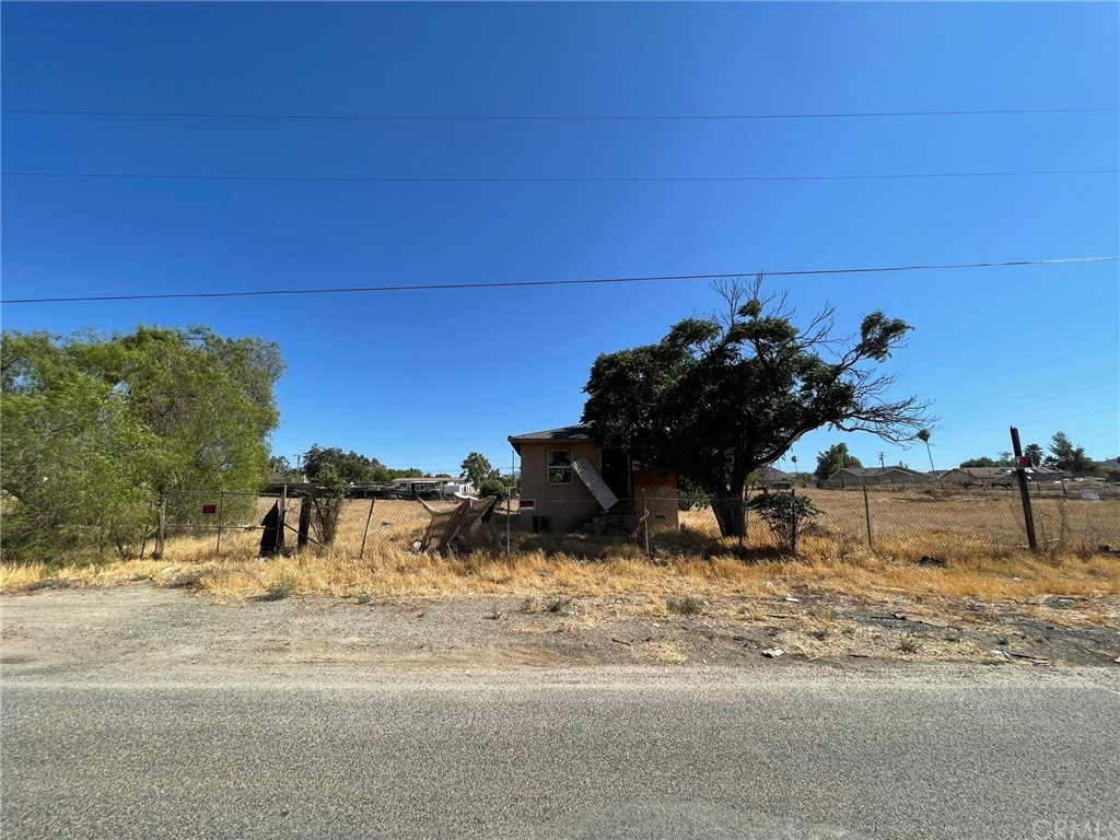 20541 Hunter Street Property Photo