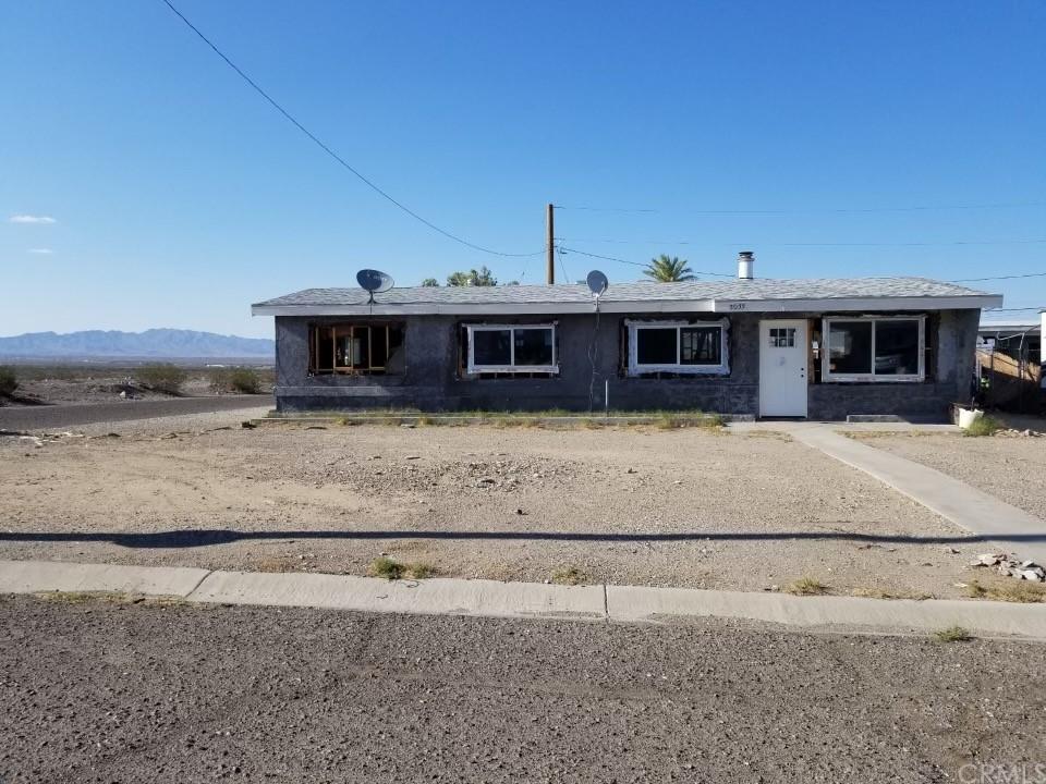 2033 Flora Vista Property Photo