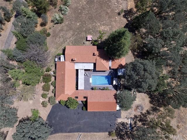 1755 Creekside Drive Property Photo