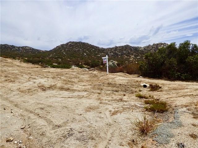 22975 Sky Mesa Road Property Photo