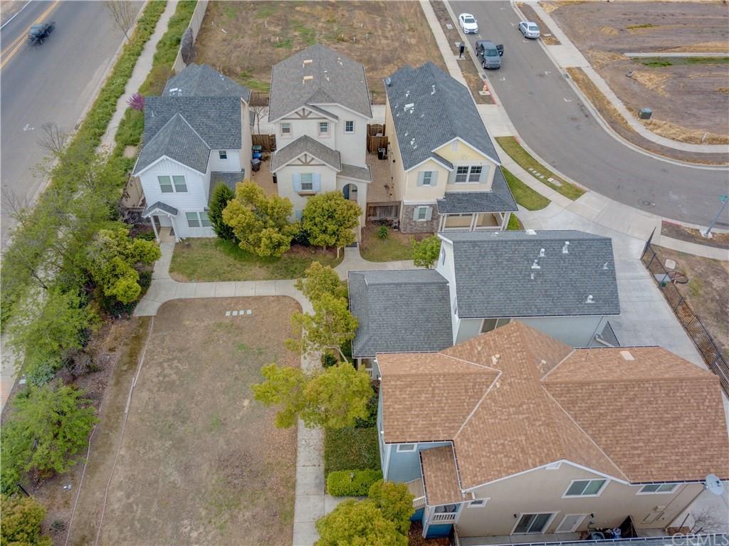 305 Portico Drive Property Photo