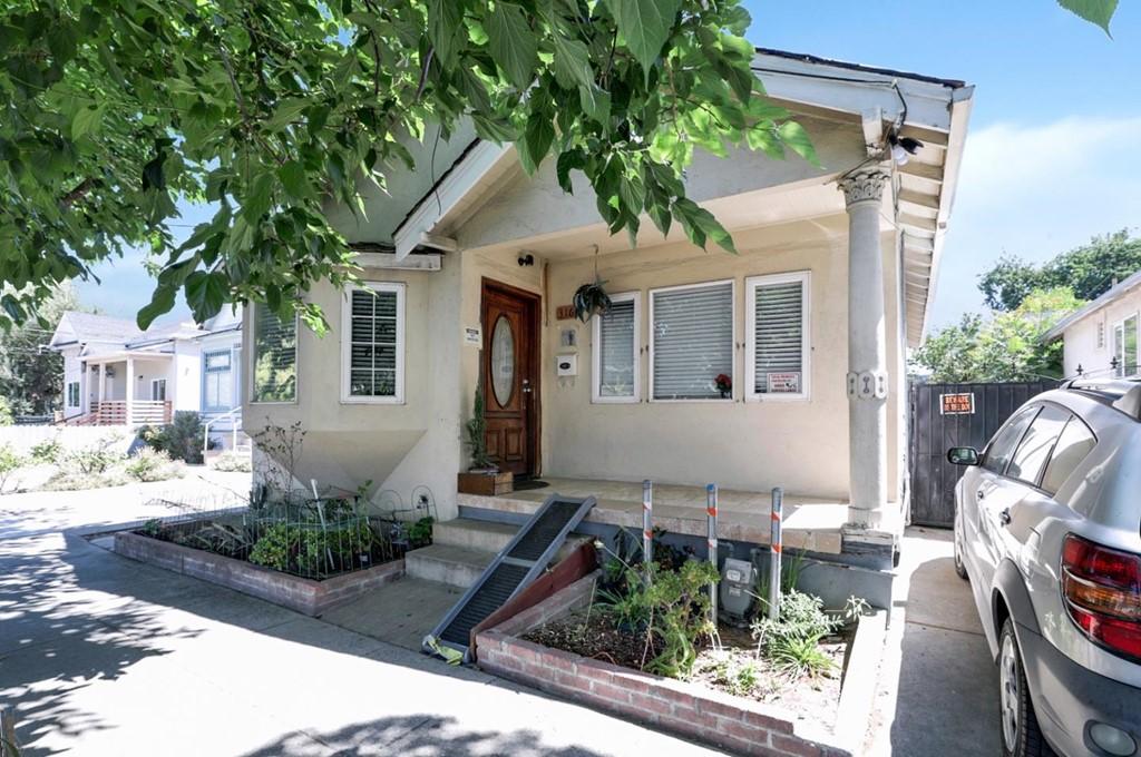 301 Julian Street Property Photo