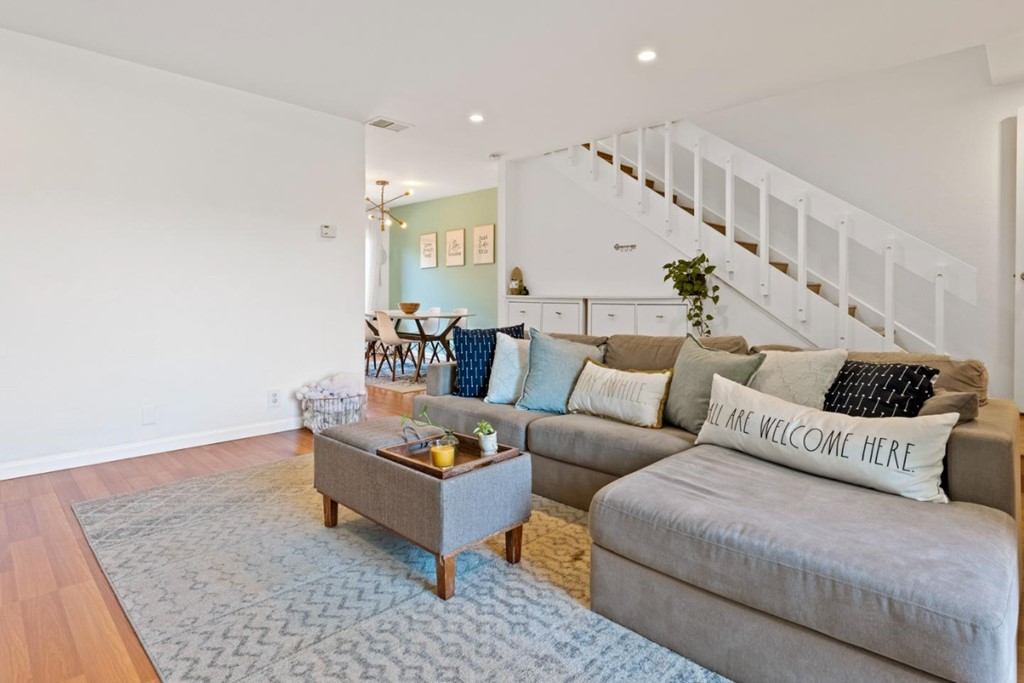 855 Carina Lane #3 Property Photo