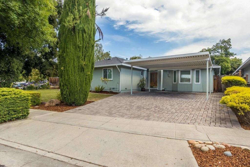 880 Mockingbird Lane Property Photo