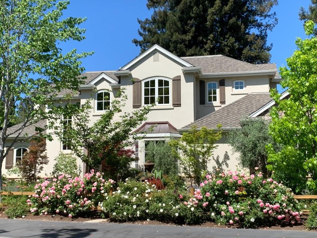 570 Oakfield Lane Property Photo