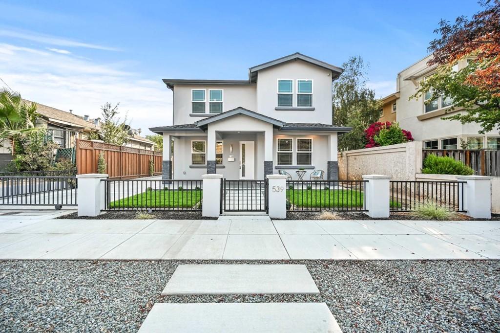 539 8th Street Property Photo