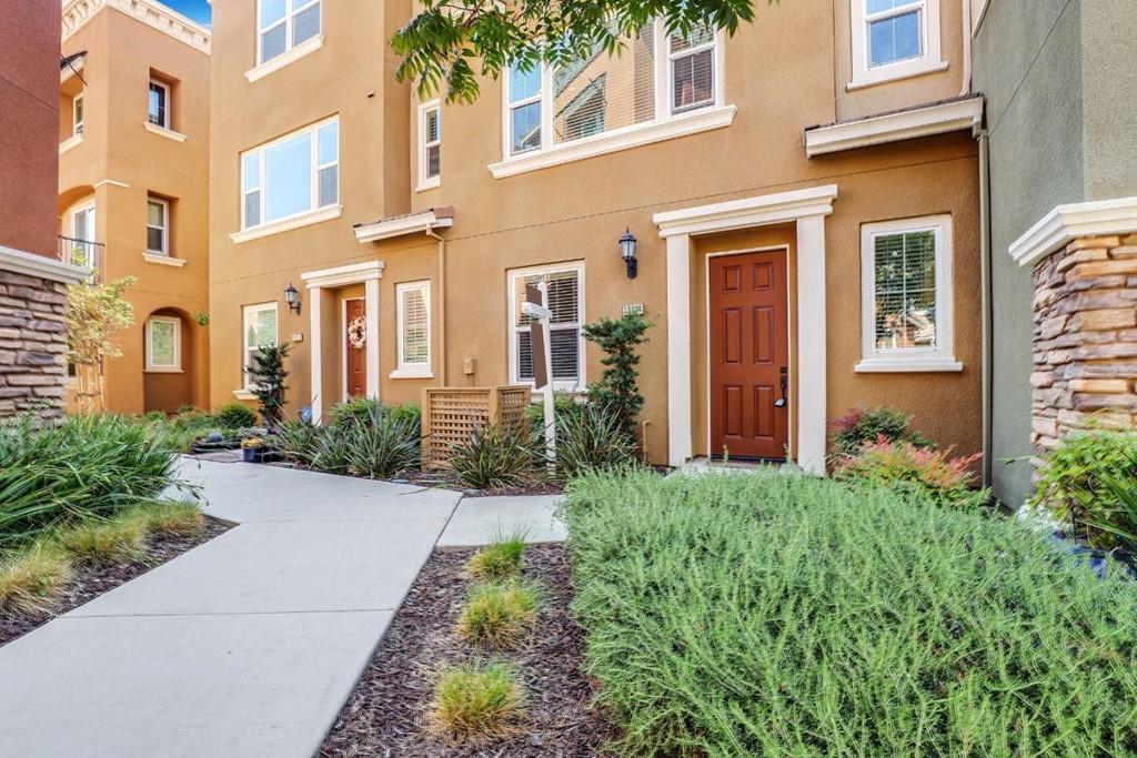 38924 Lemongrass Way Property Photo