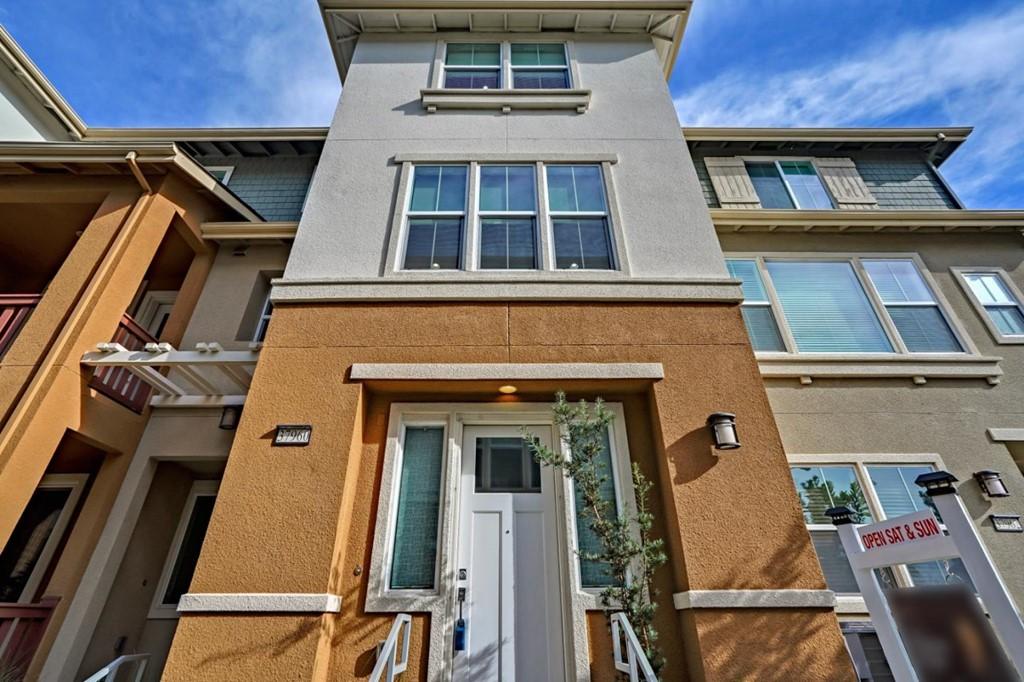 37960 Luma Terrace Property Photo