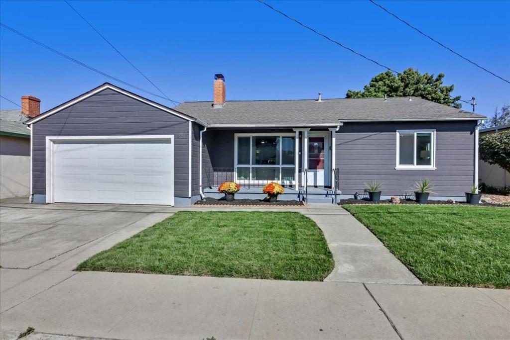 921 Longwood Avenue Property Photo