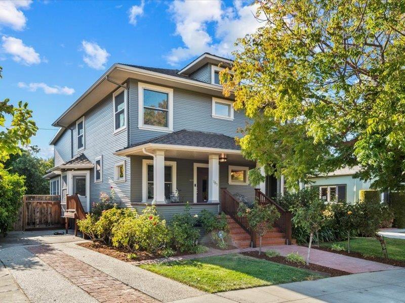 185 16th Street Property Photo
