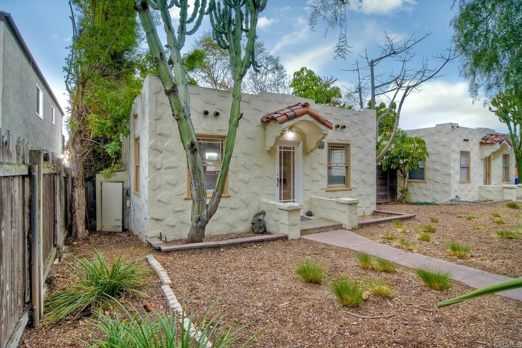 2052 2058 Montgomery Avenue Property Photo