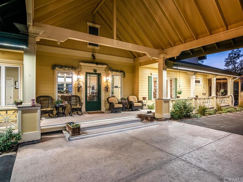 69300 Vineyard Canyon Road Property Photo 6