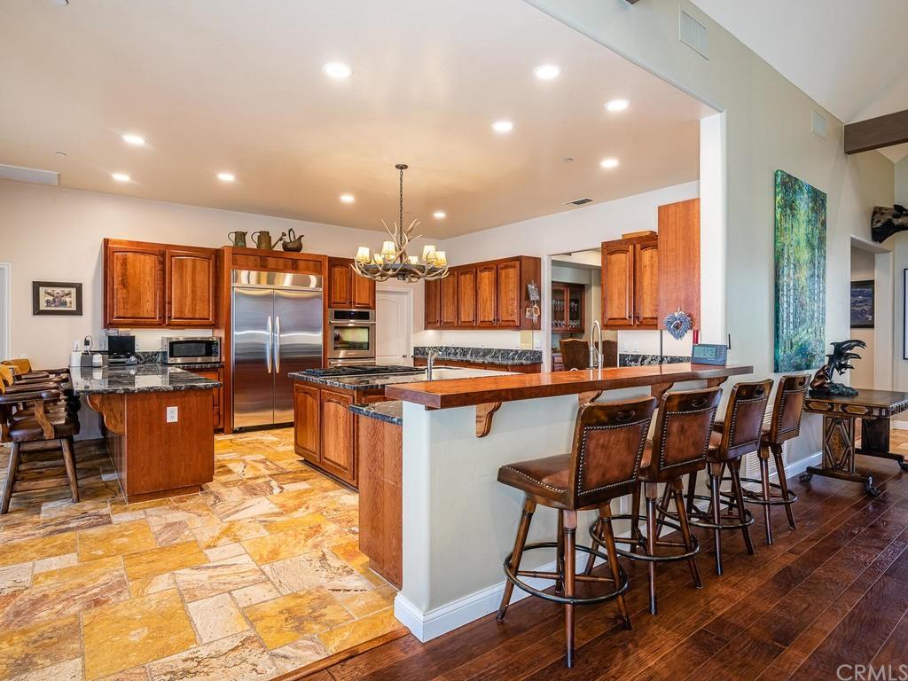 69300 Vineyard Canyon Road Property Photo 11
