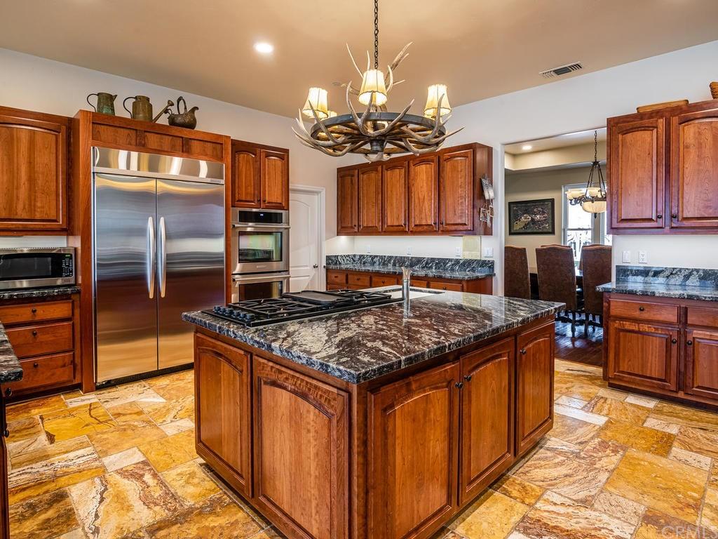 69300 Vineyard Canyon Road Property Photo 12