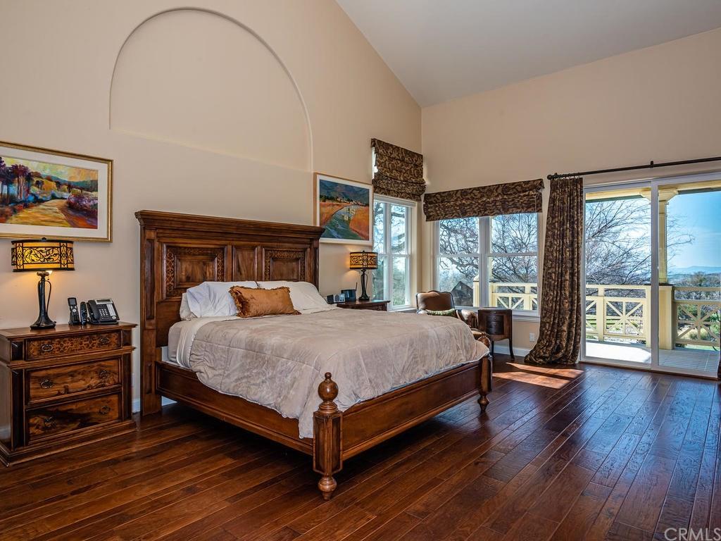 69300 Vineyard Canyon Road Property Photo 16