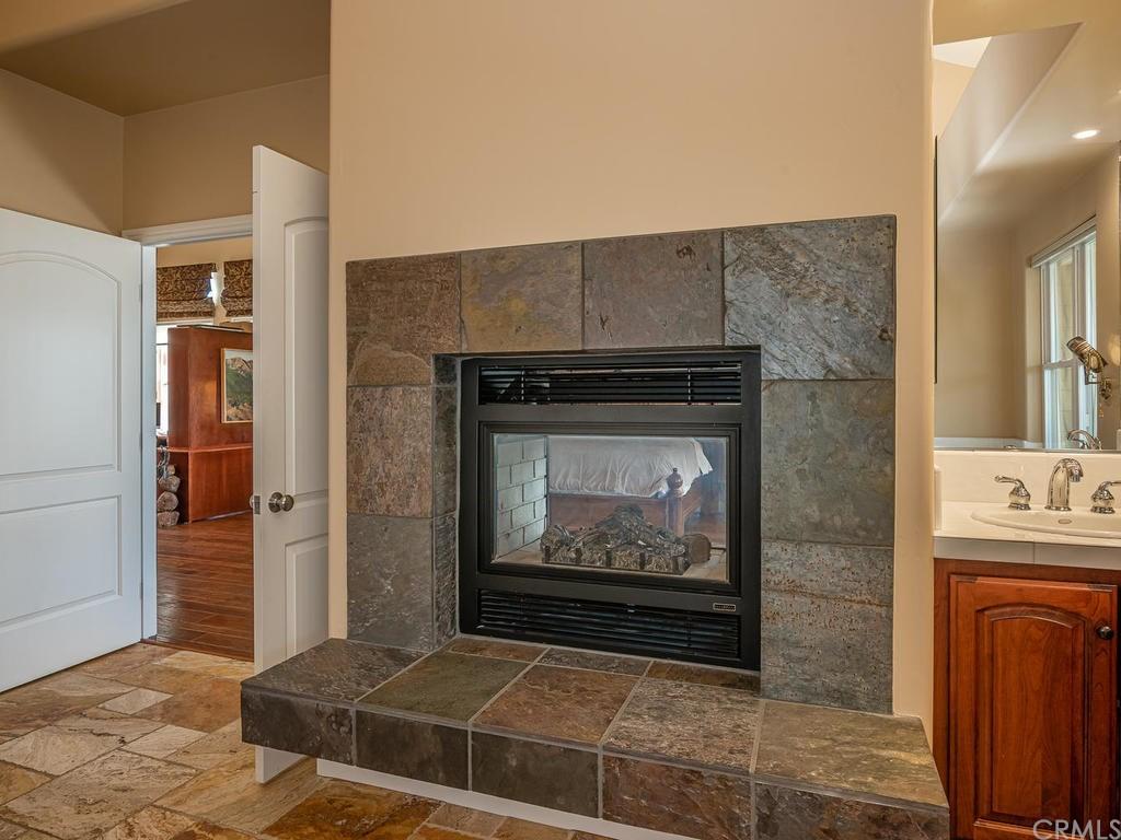 69300 Vineyard Canyon Road Property Photo 20
