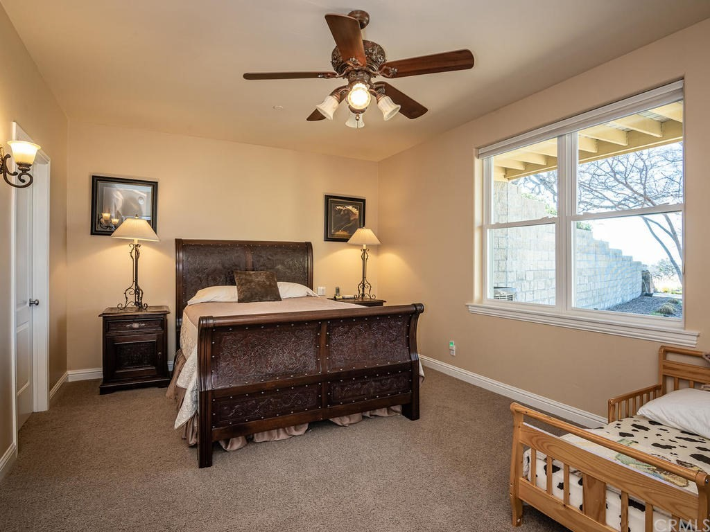 69300 Vineyard Canyon Road Property Photo 27