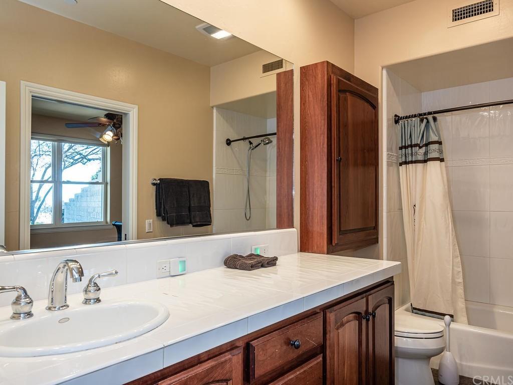 69300 Vineyard Canyon Road Property Photo 28