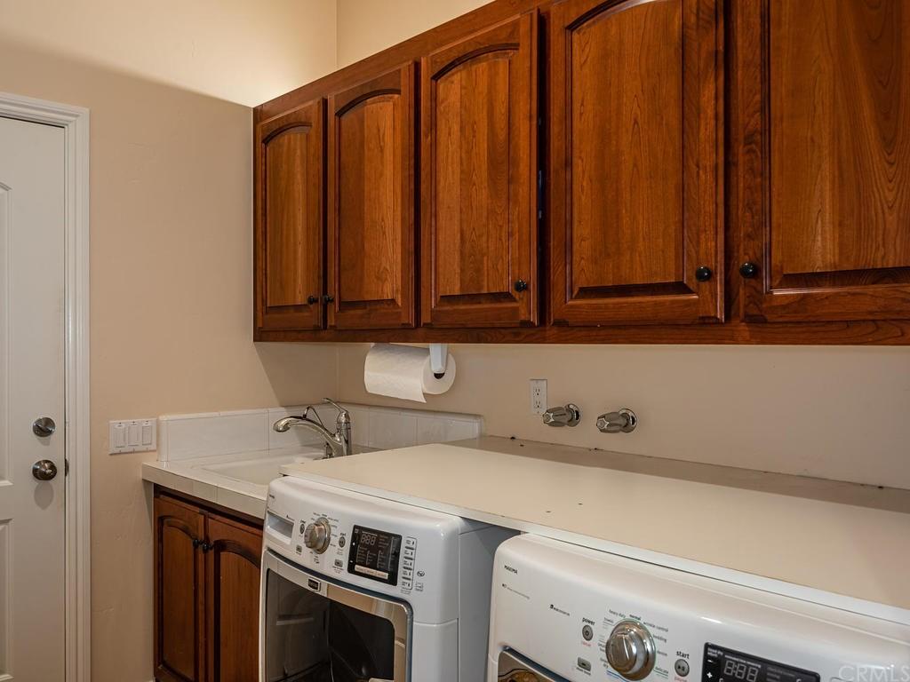 69300 Vineyard Canyon Road Property Photo 34