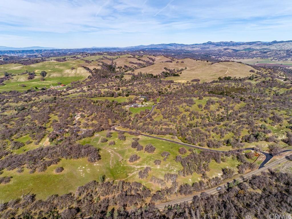 69300 Vineyard Canyon Road Property Photo 57