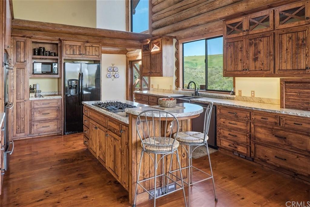 1555 Skylar Lane Property Photo 17