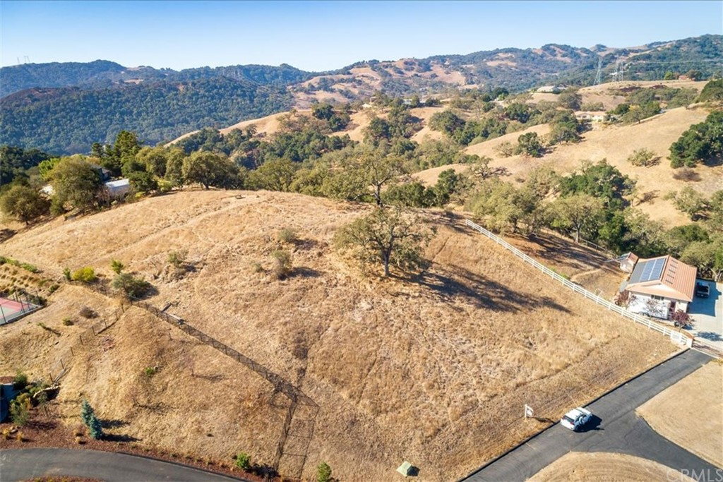 5800 Bolsa Road Property Photo 1