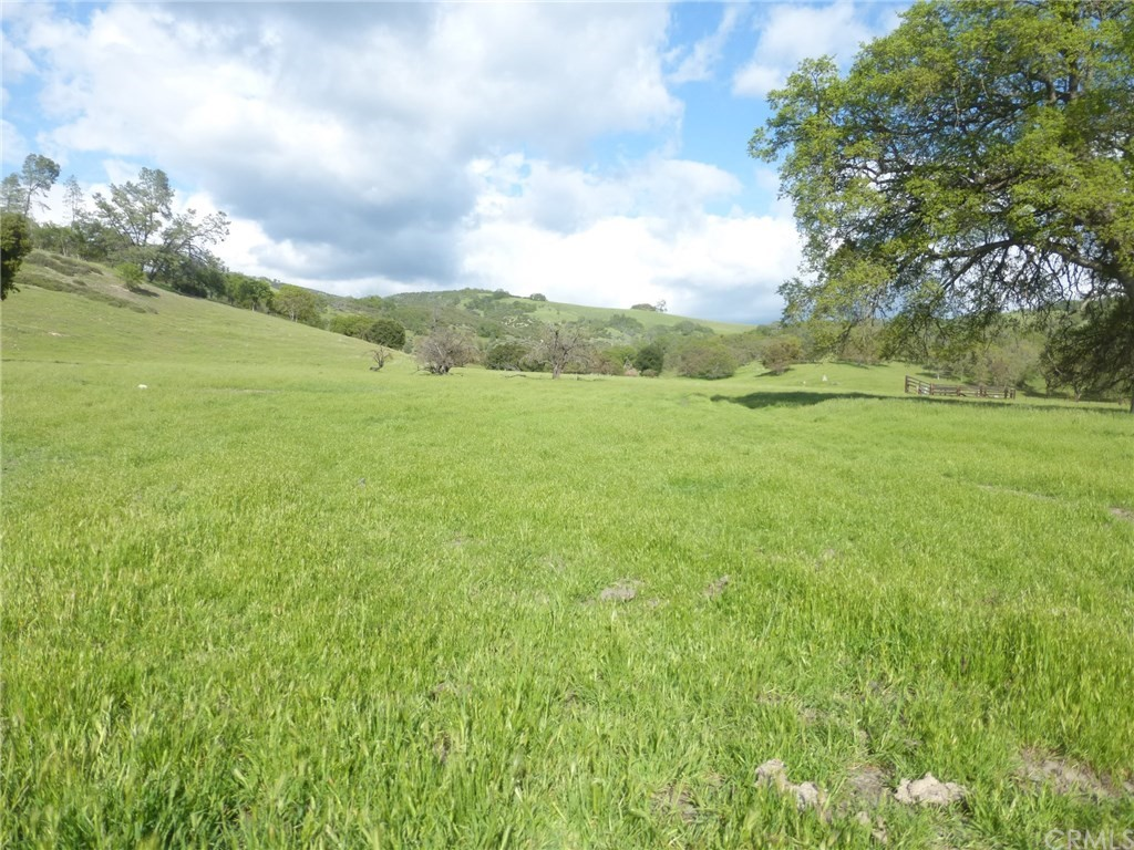 71825 Vineyard Canyon Road Property Photo 1