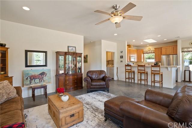 4255 Blue Rd Property Photo 7