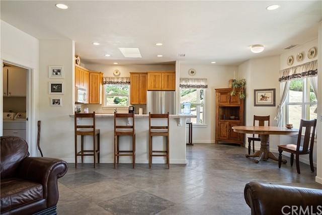 4255 Blue Rd Property Photo 8