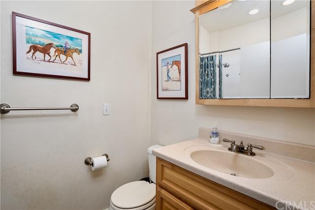 4255 Blue Rd Property Photo 12
