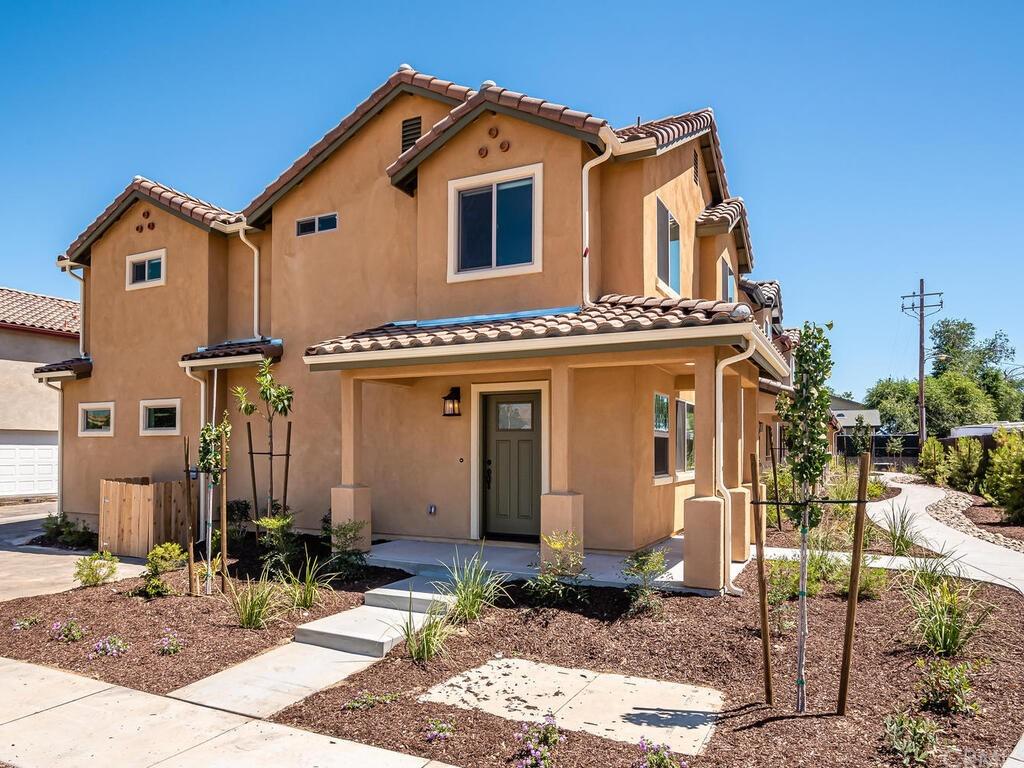 1198 Velarde Circle Property Photo 1