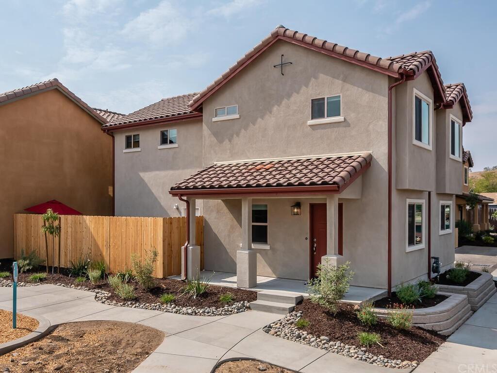 1196 Velarde Circle Property Photo 1